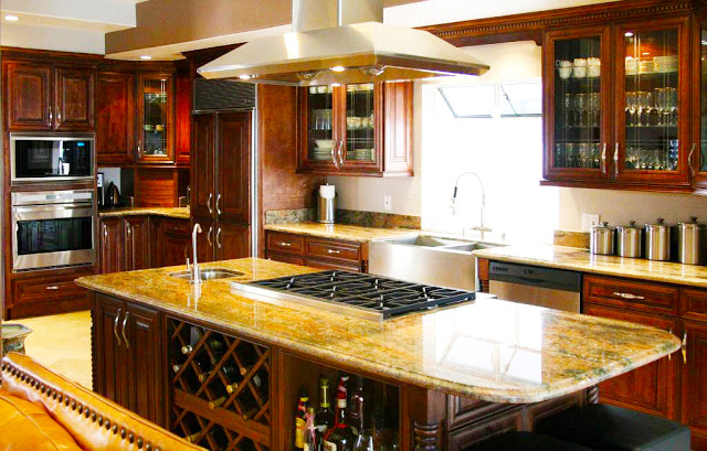 modern-custom-kitchen-cabinets-with-white-island-built-in-modern-kitchen-stove-in-and-racks-drinks-for-wooden-kitchen-designs