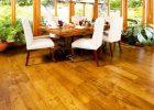 Beautiful-hardwood-floor-showroom-with-laminate-wood-flooring-installation