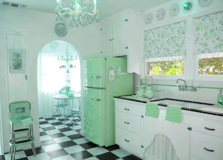 Style-1950-1960-with-pictures-of-home-decorating-ideas-for-all-home-descor-by-interior-decorator-designer-with-white-vintage-kitchen-design-style