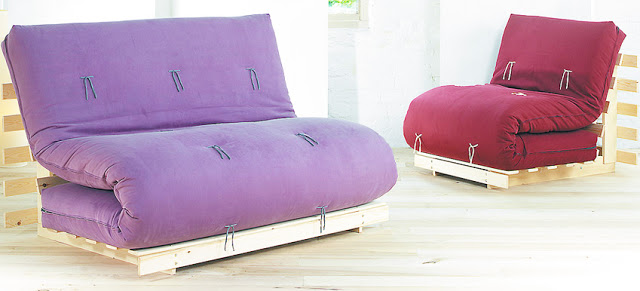 futon-sofa-bed-with-modern-couches-for-leather-sleeper-sofa-with-pallet-wood-back-with-purple-and-red-modern-futon-sofa-bed-designs