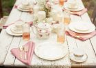 rustic decorate dinner table from wood for decorate dining table wedding