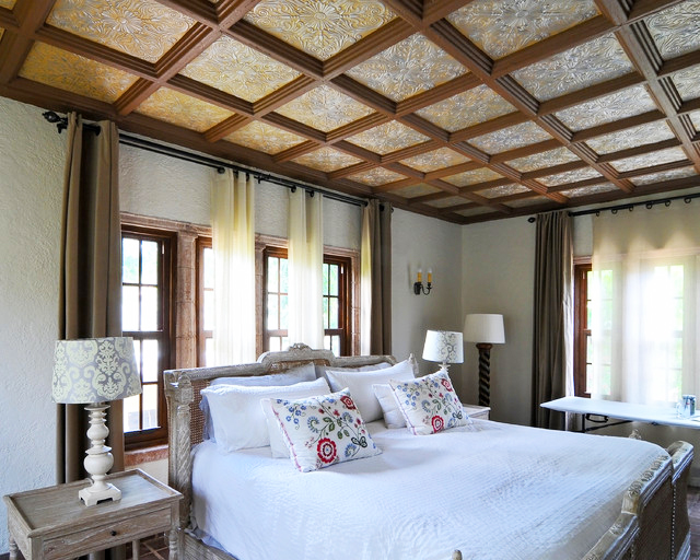 bedroom-ceiling-design-with-tin-ceiling-ideas-with-queen-size-bed-with-wood-windows-for-lighting-bedrom-ideas