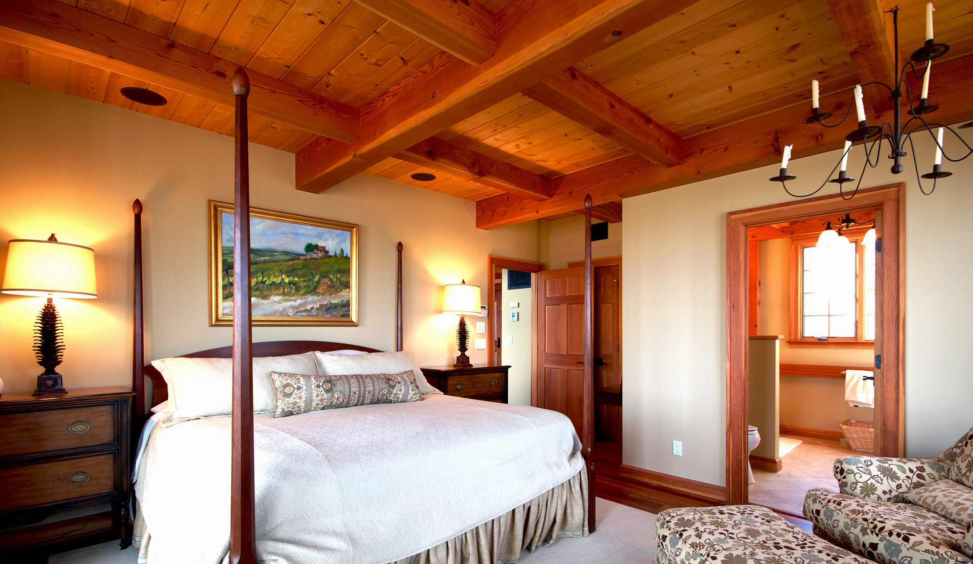 bedroom-ceiling-design-with-wood-bedroom-ceiling-ideas-in-traditional-bedroom-design-decorated-hanging-lamps