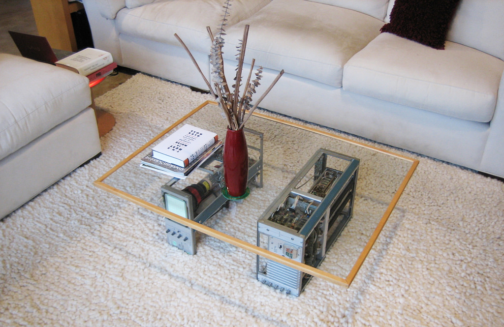 glass-coffee-table-design-with-cpu-legs-for-modern-design-living-room-furnitures