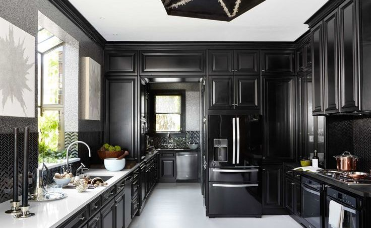 black-kitchen-cabinets-in-glossy-black-kitchen-cabinet-doors-refacing-with-modern-black-glossy-kitchen-cabinets-refinishing