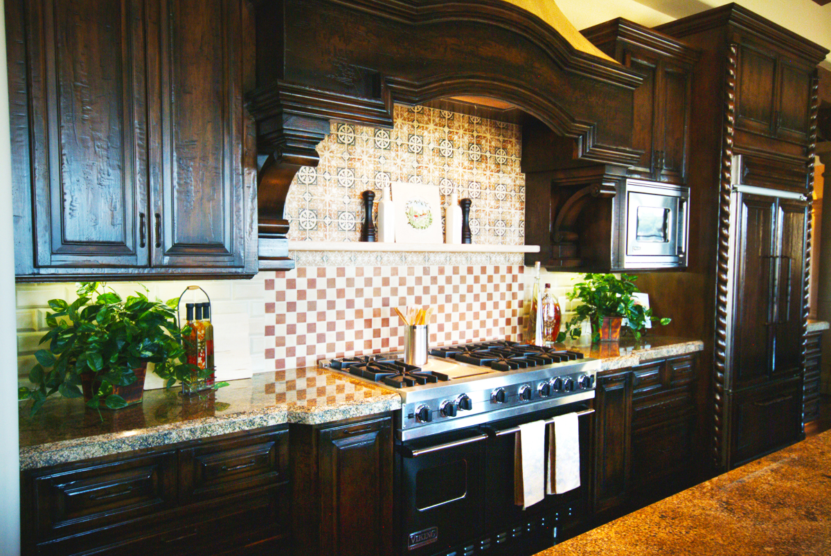 black-kitchen-cabinets-with-modern-wood-maple-shaker-diy-kitchen-cabinets-refacing-with-black-painting-kitchen-cabinets