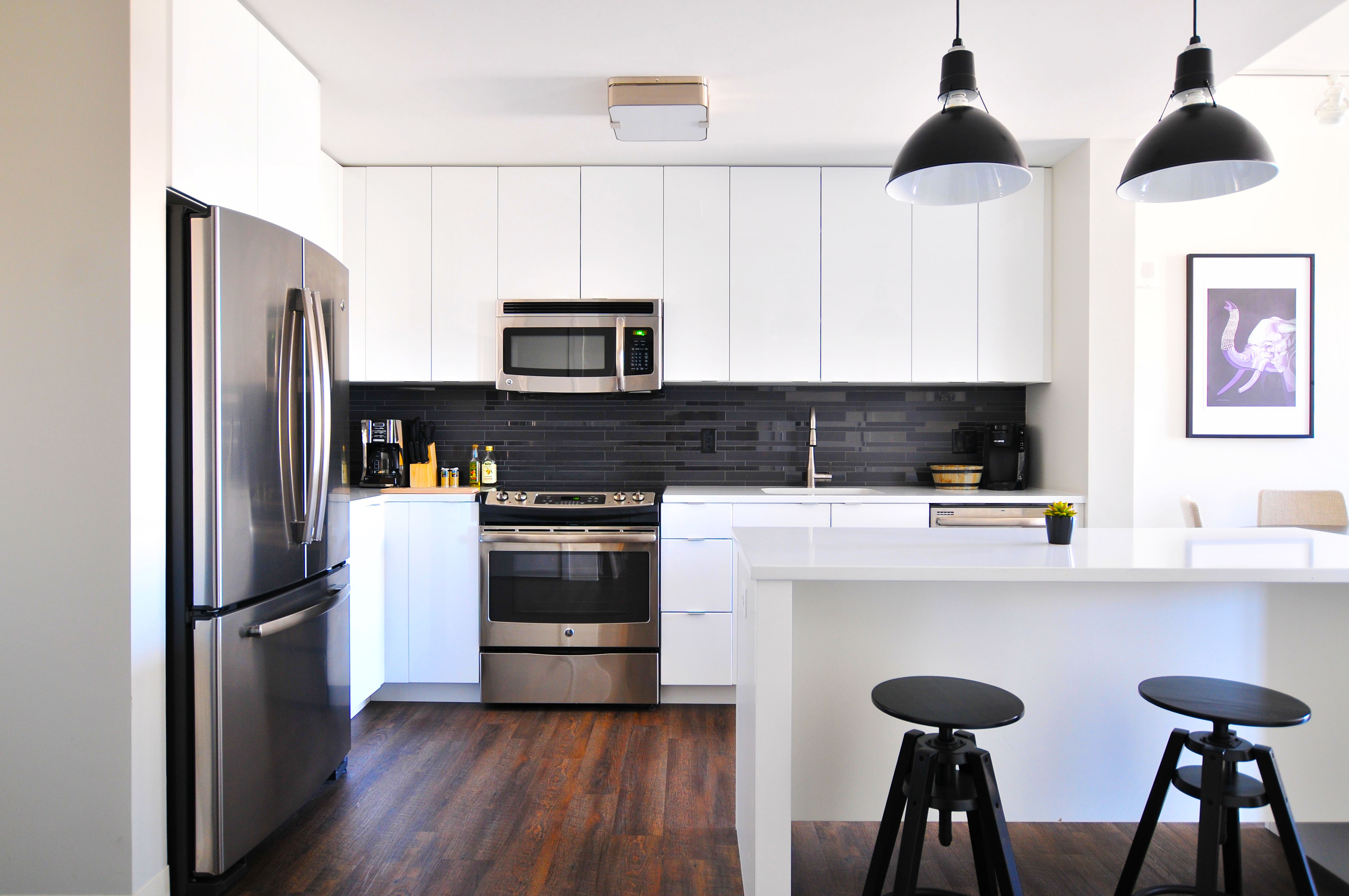 contemporary-kitchen-cabinets-with-white-painted-kitchen-cabinets-pictures-for-new-remodel-kitchen-cabinets
