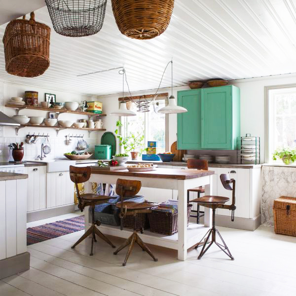 country-kitchen-design-remodeling-ideas-with-small-kitchen-island-designsfor-new-country-kitchen-inspiration-pictures-to-understand-what-is-a-country-kitchen