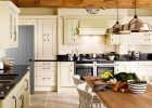 country-kitchen-design-with-kitchen-island-designs-ideas-wiht-white-oak-kitchen-design-pictures-also-diy-hanging-lamps-for-kitchen-lighting-ideas