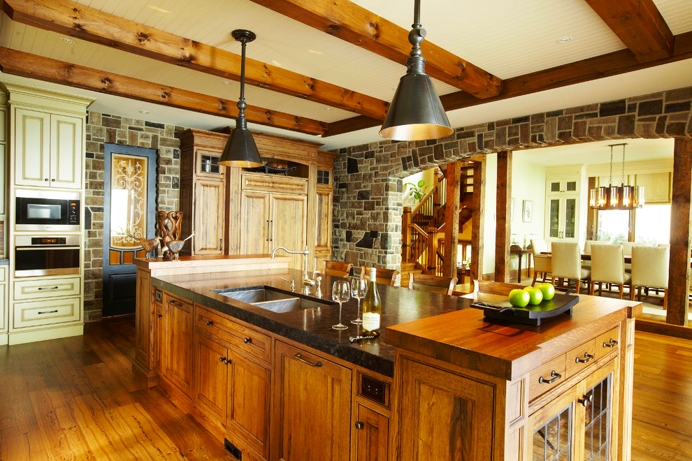 Cool country kitchen designs roy home design for Traditional rustic kitchen