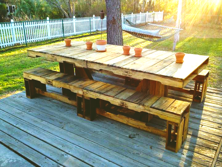 furniture-ideas-from-wood-pallet-project-ideas-for-rustic-pallet-grand-dining-table-with-benches-with-rustic-decor-dining-table-from-wood-pallet-furniture-ideas