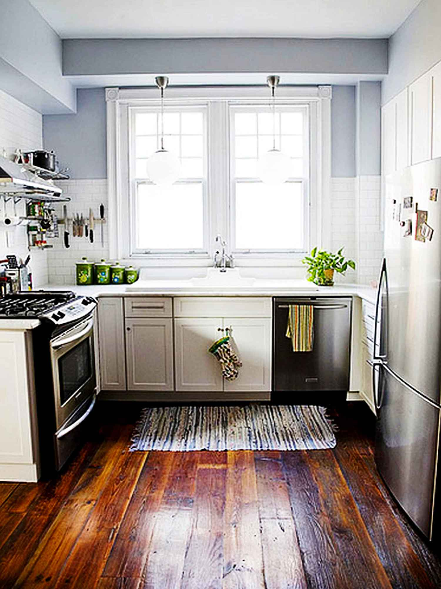 ideas-for-small-kitchens-design-ideas-for-contemporary-small-kitchen-layouts-with-large-windows-kitchen-and-small-kitchen-photos