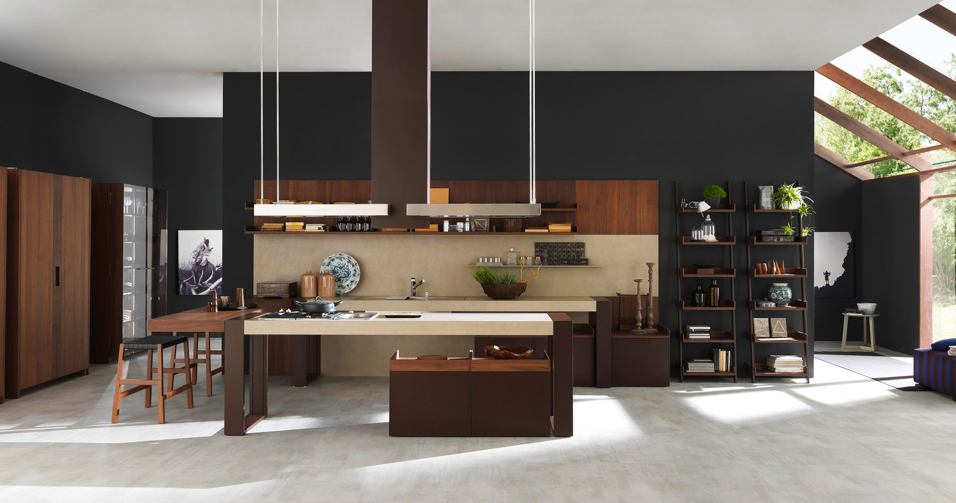 Great italian kitchen designs roy home design for Modern kitchen company