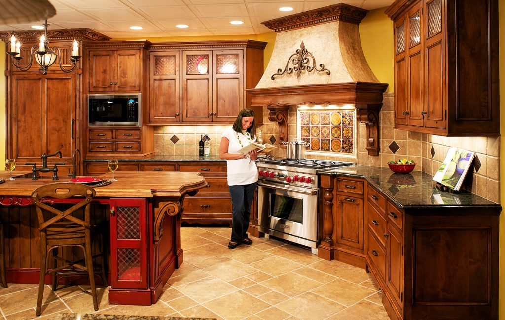 Genial Italian Kitchen Design With Tuscan Kitchen Design  Pictures With Wooden Italian Kitchen Design Layout  Pictures With Luxury Italian Kitchen Design Pictures