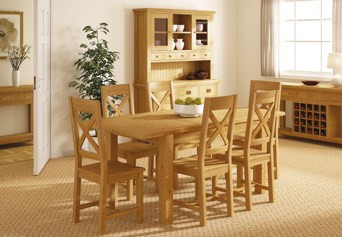 oak-furniture-for-country-dining-room-table-set-in-wooden-furniture-and-solid-wood-furniture-dining-set