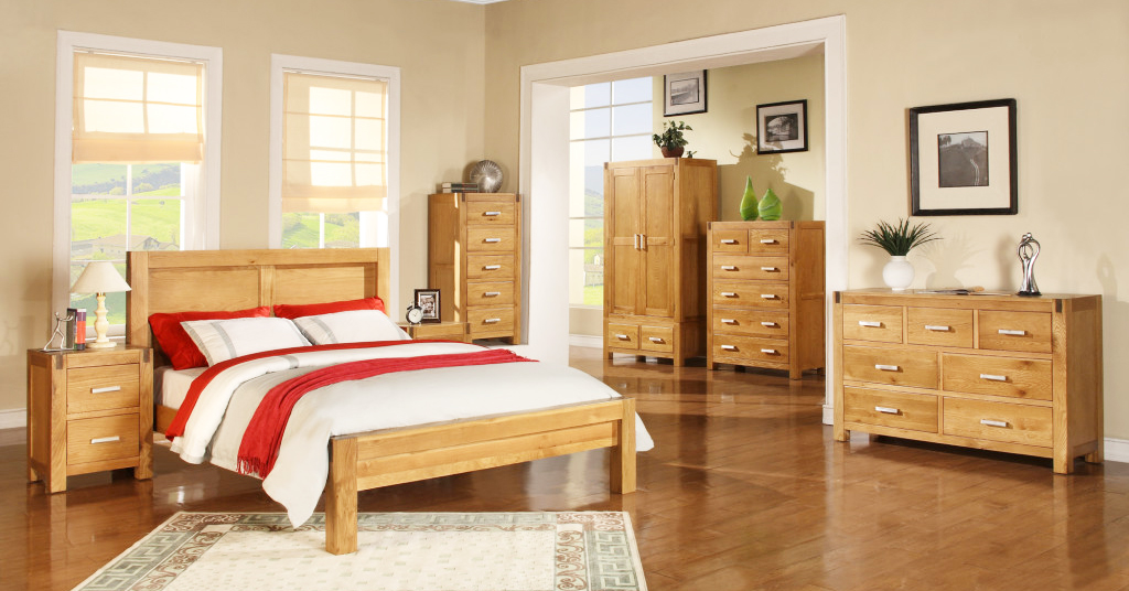 oak-furniture-for-rustic-bedroom-interior-design-with-solid-wood-furniture-for-quality-furniture