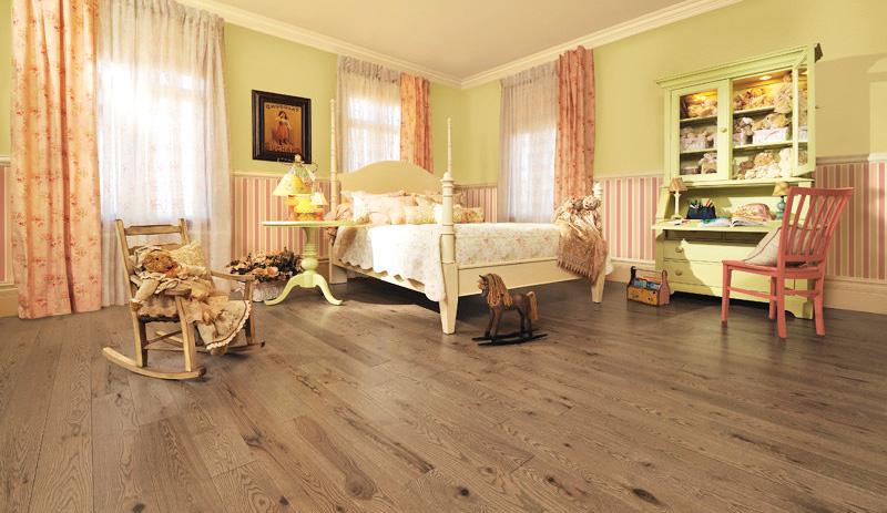 oak-furniture-for-rustic-white-bedroom-furnitures-sets-for-home-furnishing-wood-furniture-ideas