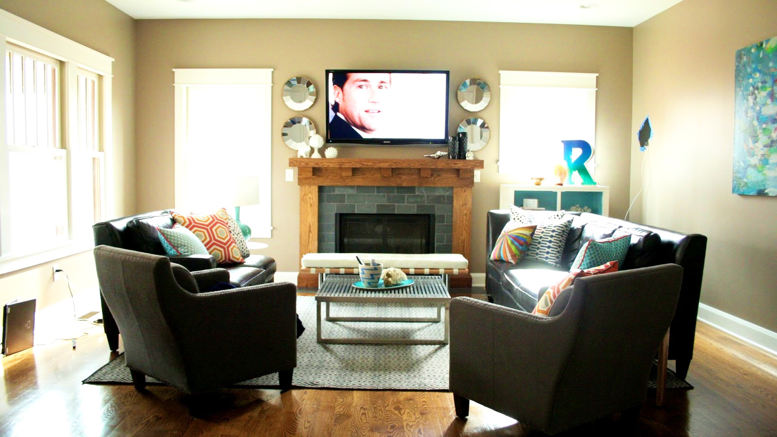 small-living-room-spaces-with-hardwood-flooring-ideas-and-best-interior-paint-colors-ideas-with-black-living-room-sofa