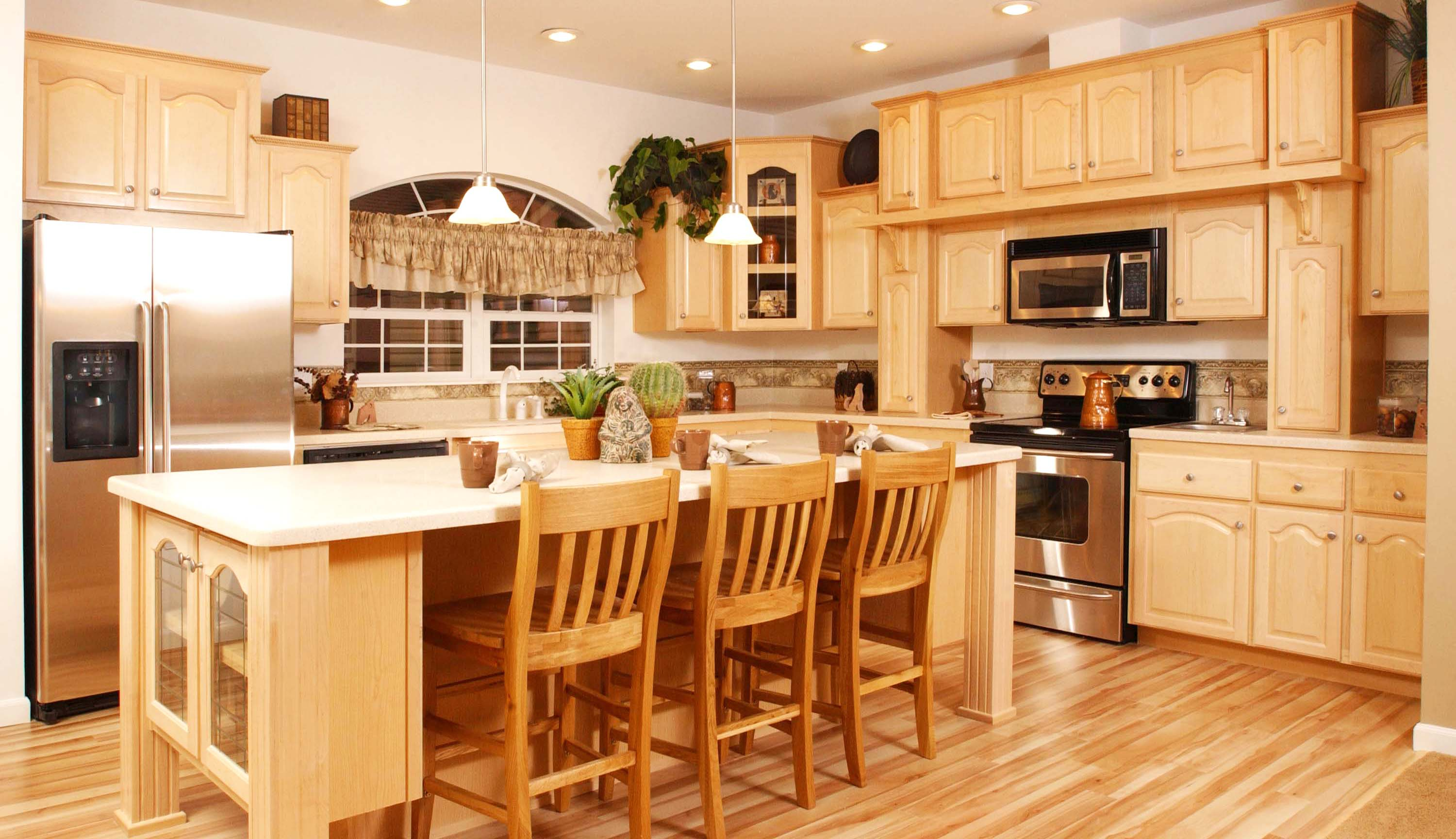 the-best-wooden-furniture-material-furniture-adorable-maple-kitchen-cabinets-for-home-galery-design-ideas-pictures-fabulous-accomplished_country-maple-woods-kitchen-cabinet