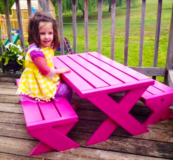 wooden-pallet-for-pallet-kids-furniture-how-to-make-pink-pallet-picnic-table-ideas-for-outdoor-furniture-for-kids-home-furniture