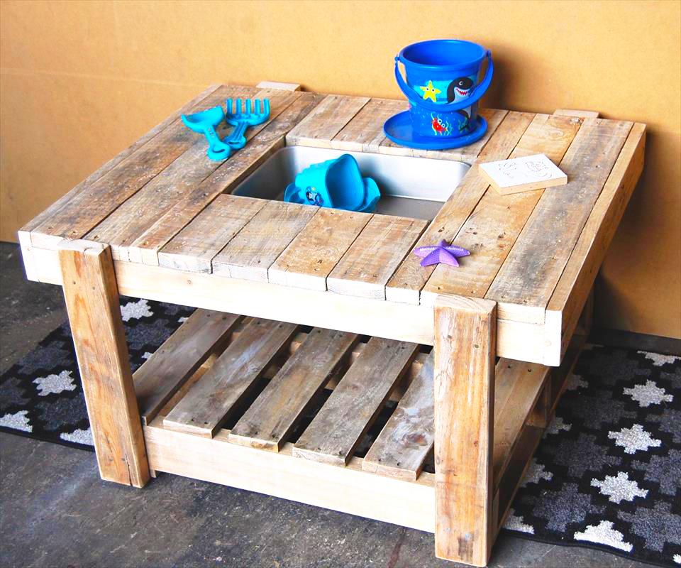 wooden-pallet-kids-mud-kitchen-for-kids-pallet-furniture-how-to-make-pallet-furniture-plans-from-wooden-pallet-material
