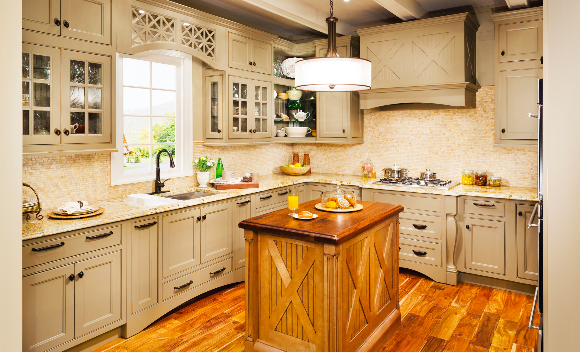 10 Kitchen Cabinet Tips: Ideas For Custom Kitchen Cabinets