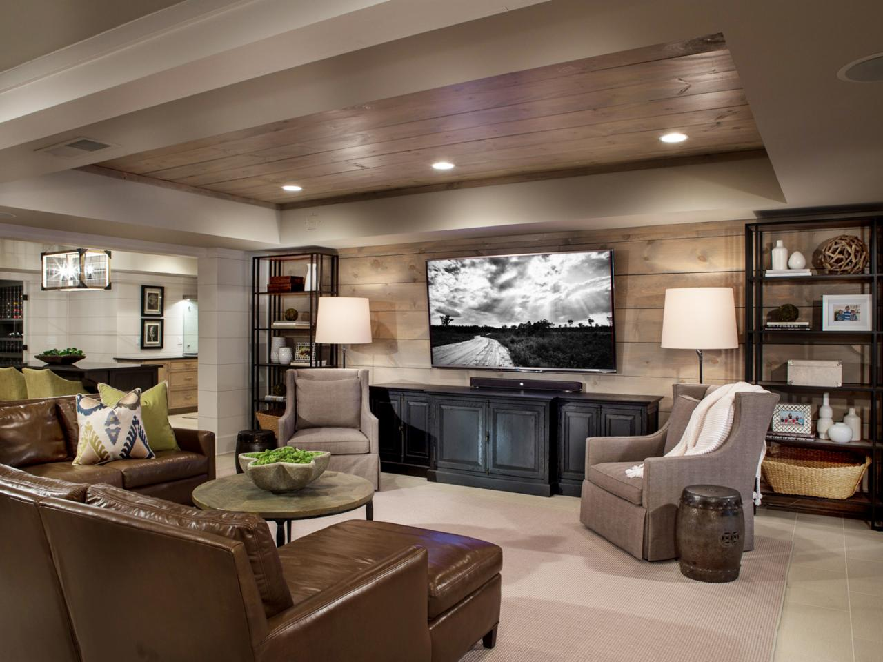 Ideas to decorate a living room theaters roy home design Home theater design ideas on a budget