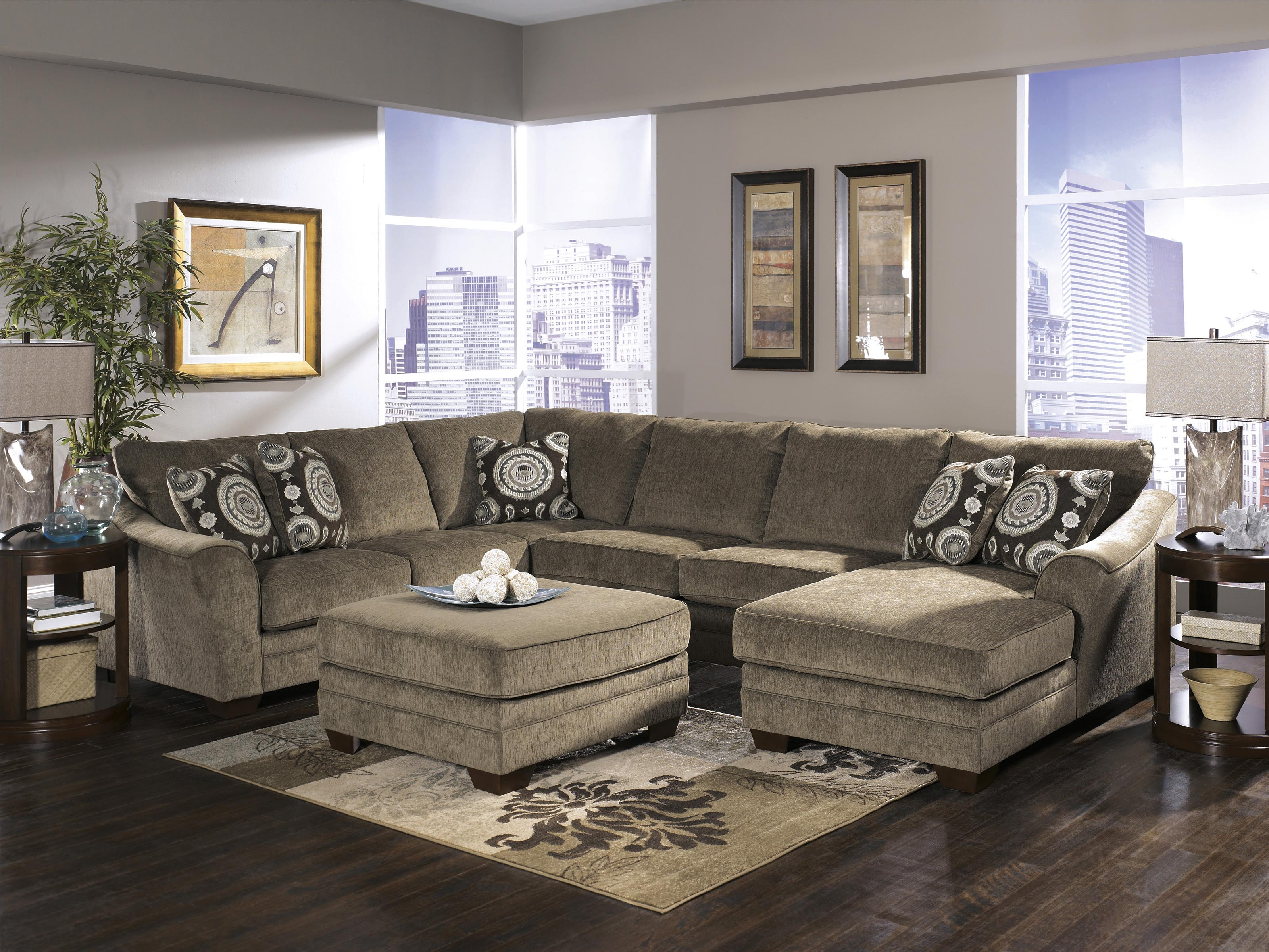 Living room ideas with sectionals sofa for small living for Living room design ideas grey sofa