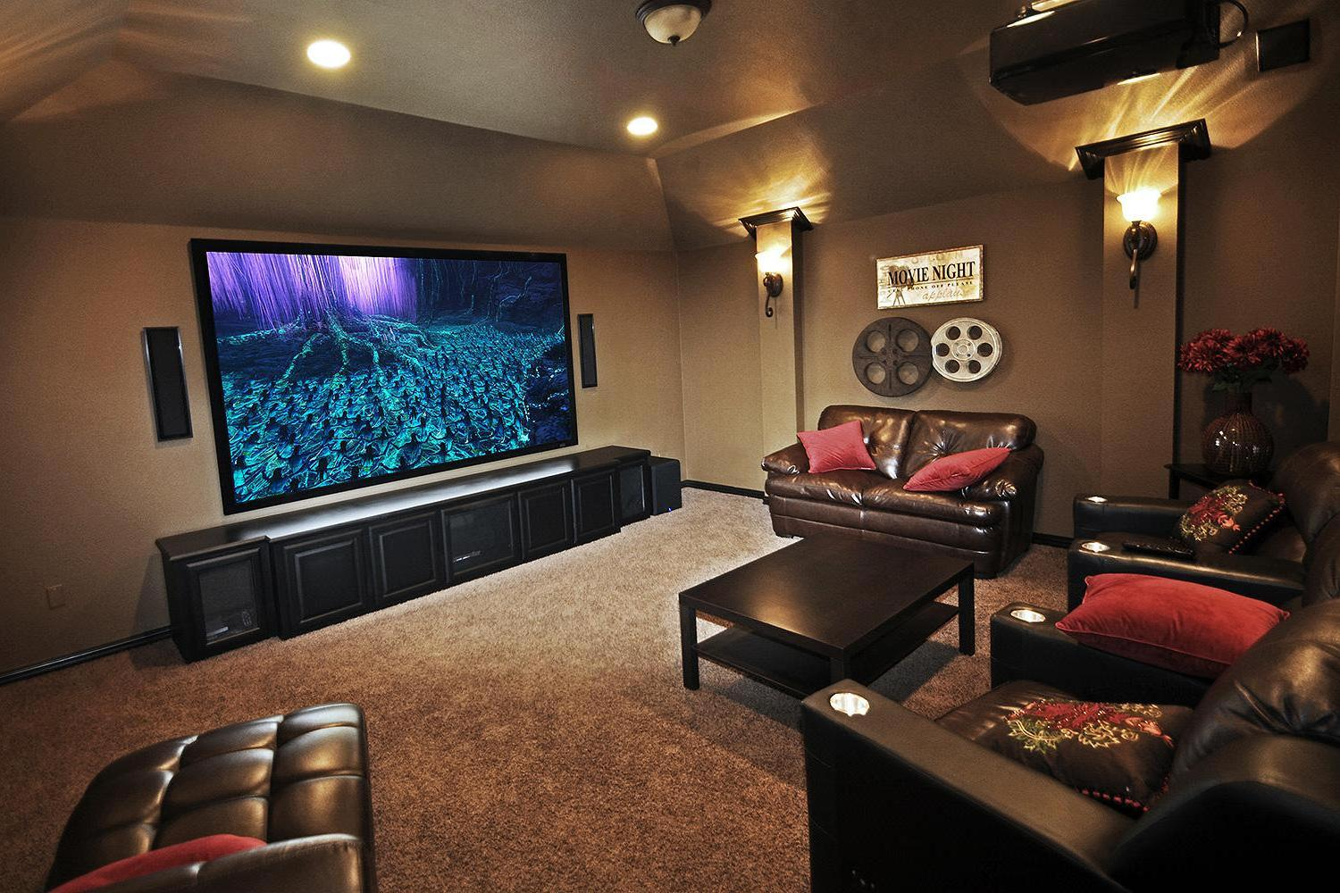 ideas to decorate a living room theater on a budget