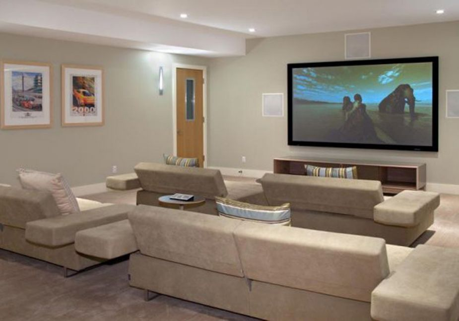 ideas to decorate a modenr white living room theater with sectional sofa sets