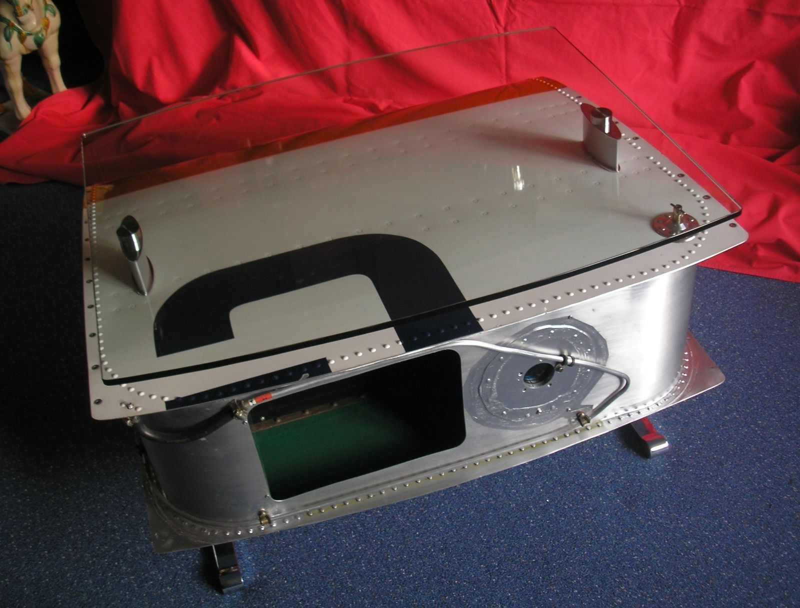 airplane wing coffee table 8
