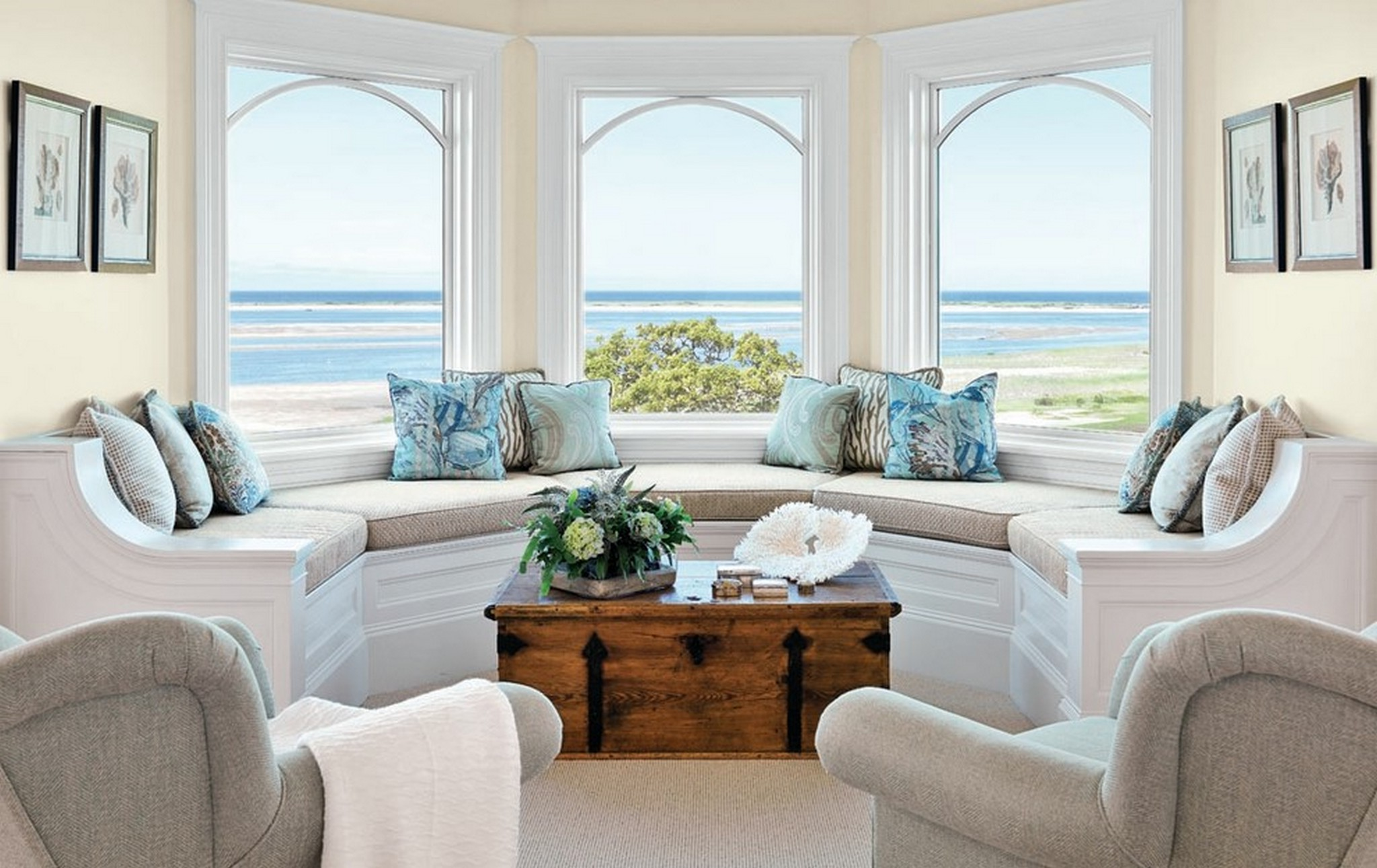 Beach Themed Coffee Table Decor | Roy Home Design