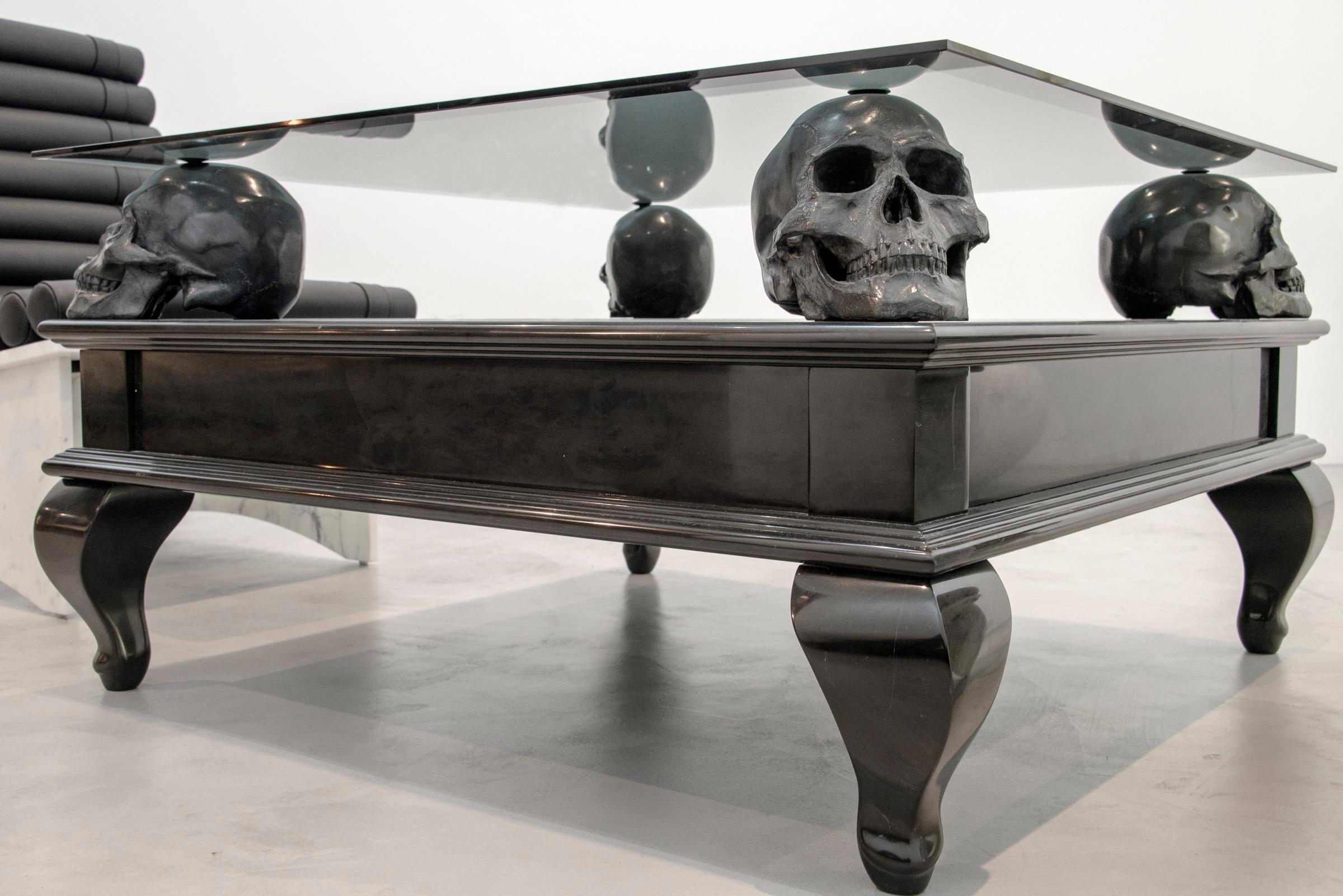 skull coffee table 02