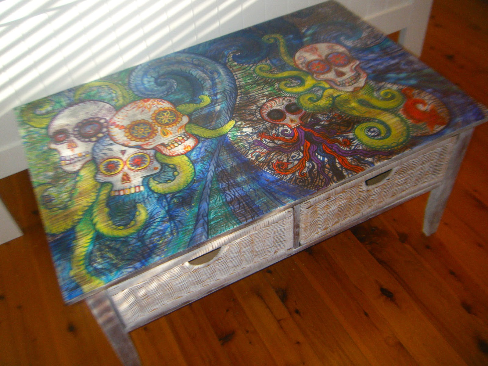 skull coffee table 08