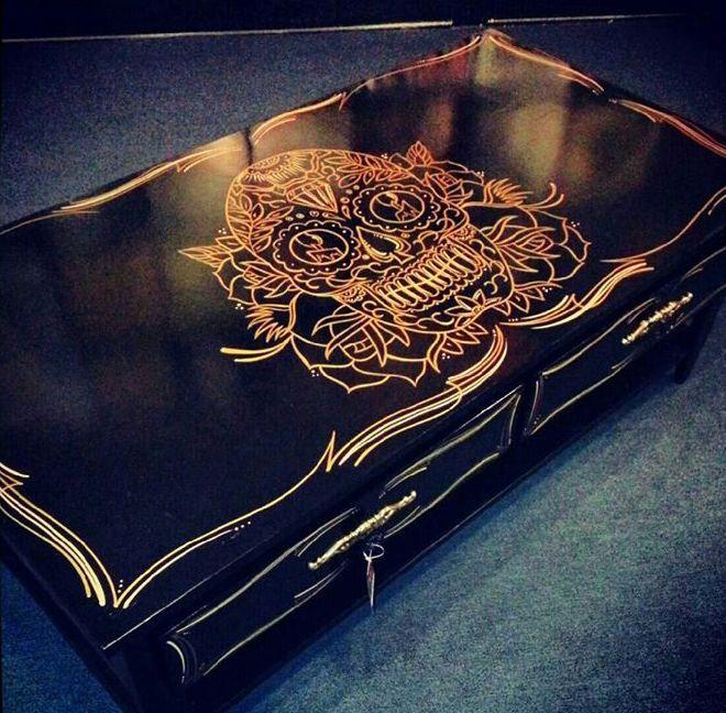 skull coffee table 10