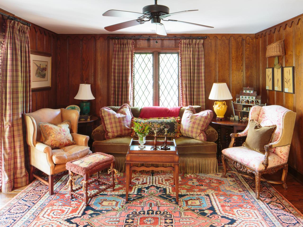 small traditional interior design for living rooms with luxury carpet decor ideas