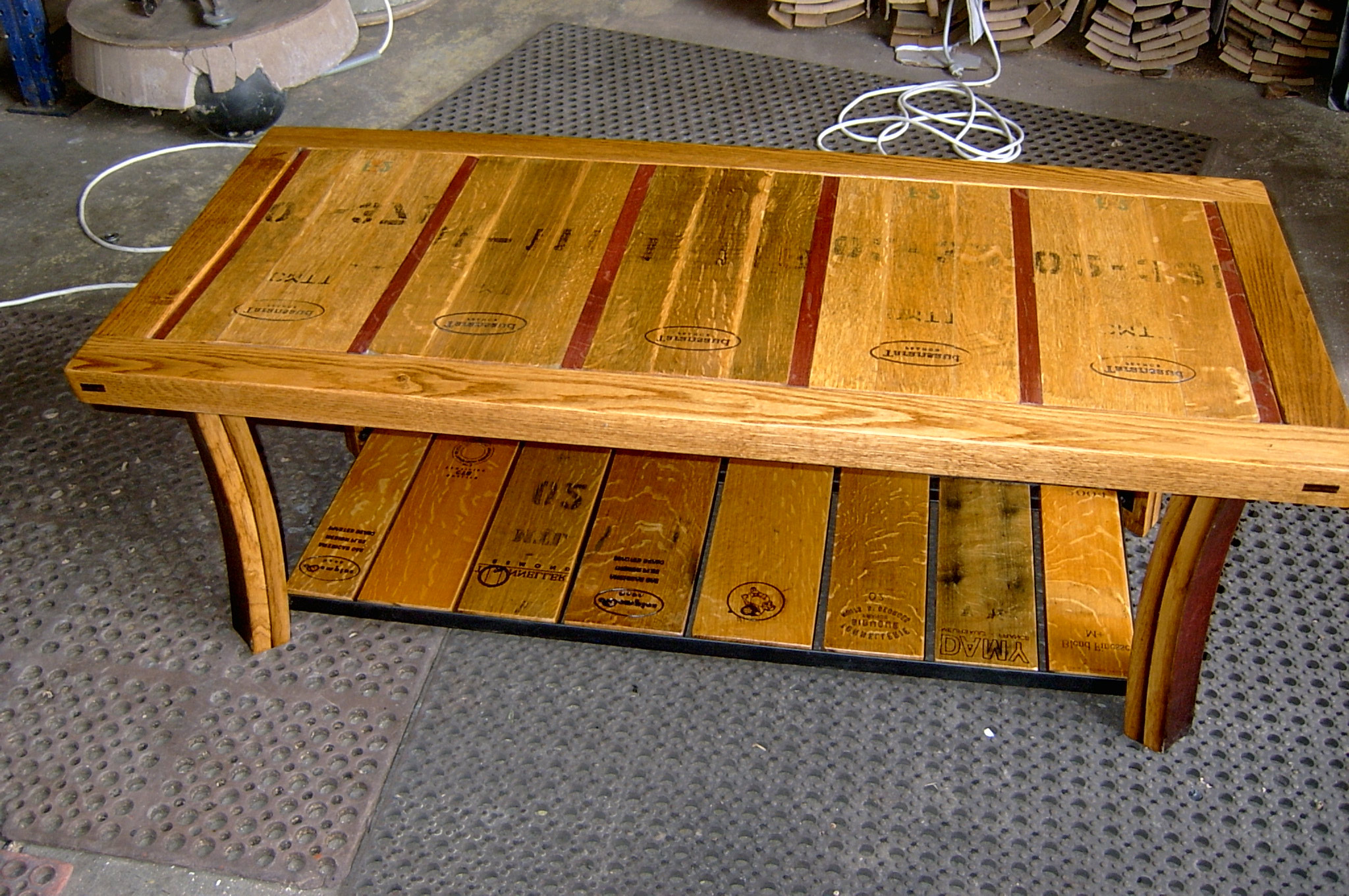 wooden barrel coffee table 02
