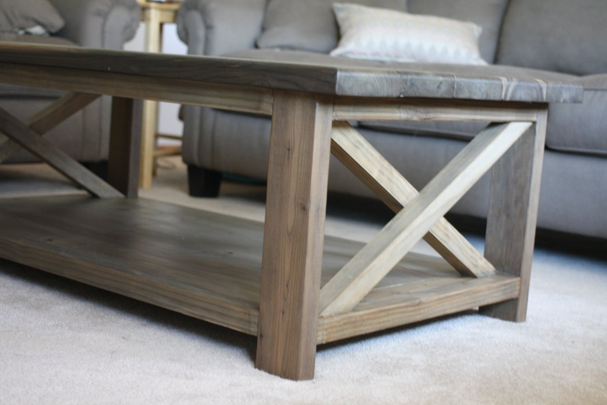 white washed wood coffee table 01