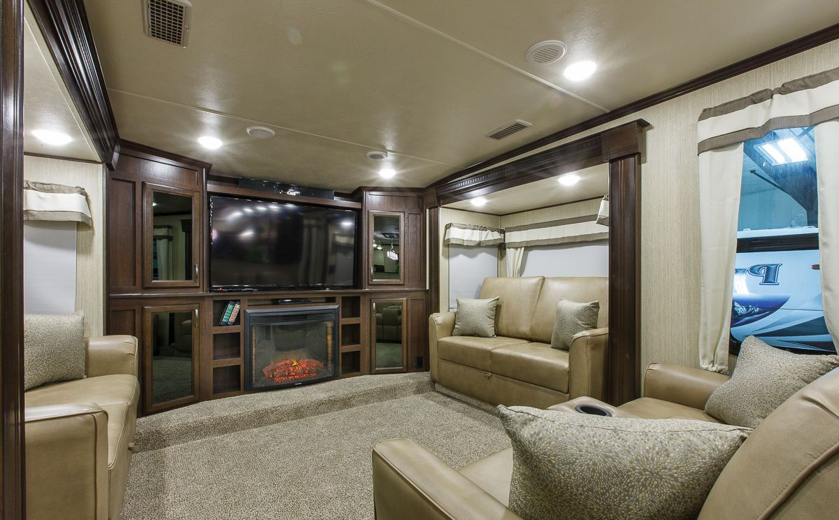 5th wheel rv front living room fifth wheel campers with front living rooms roy home design 25052