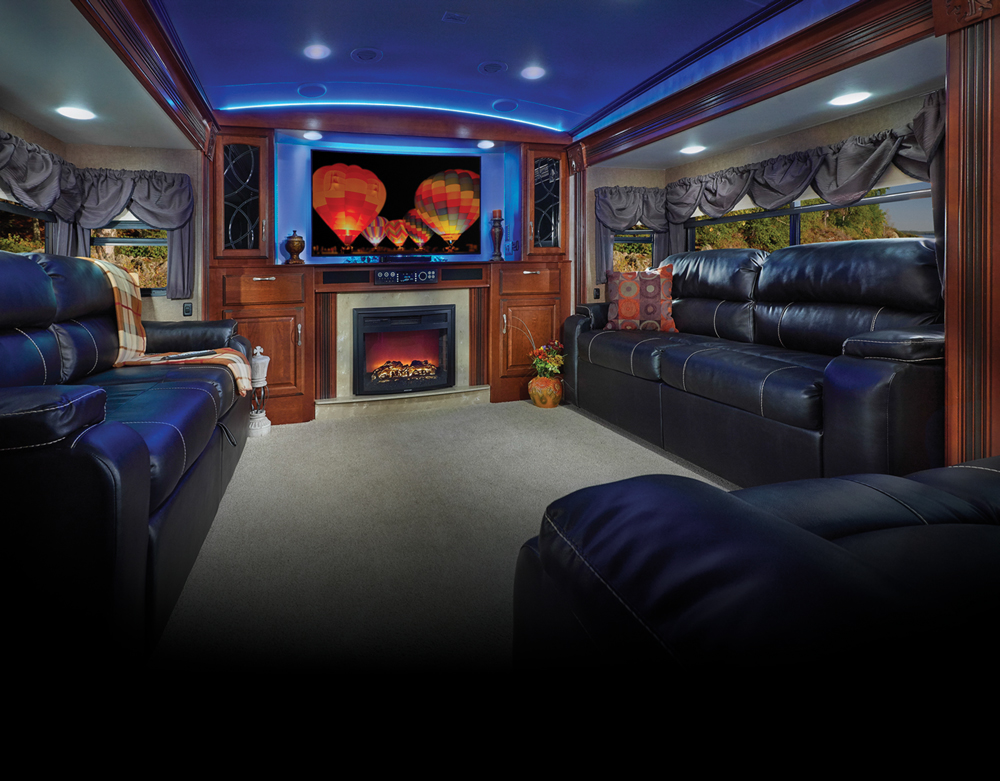 fifth wheel campers with front living rooms 10