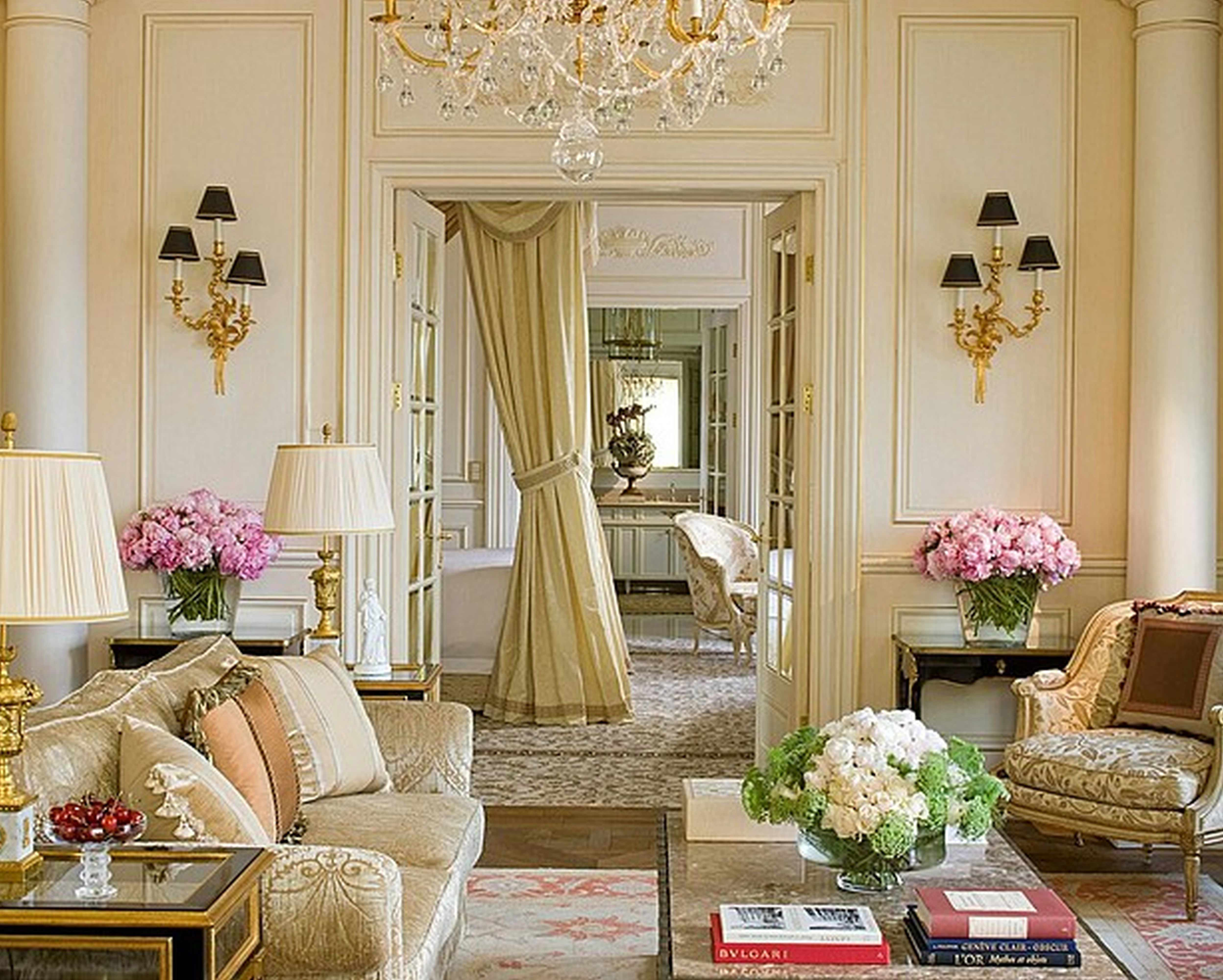 paris themed living room 08