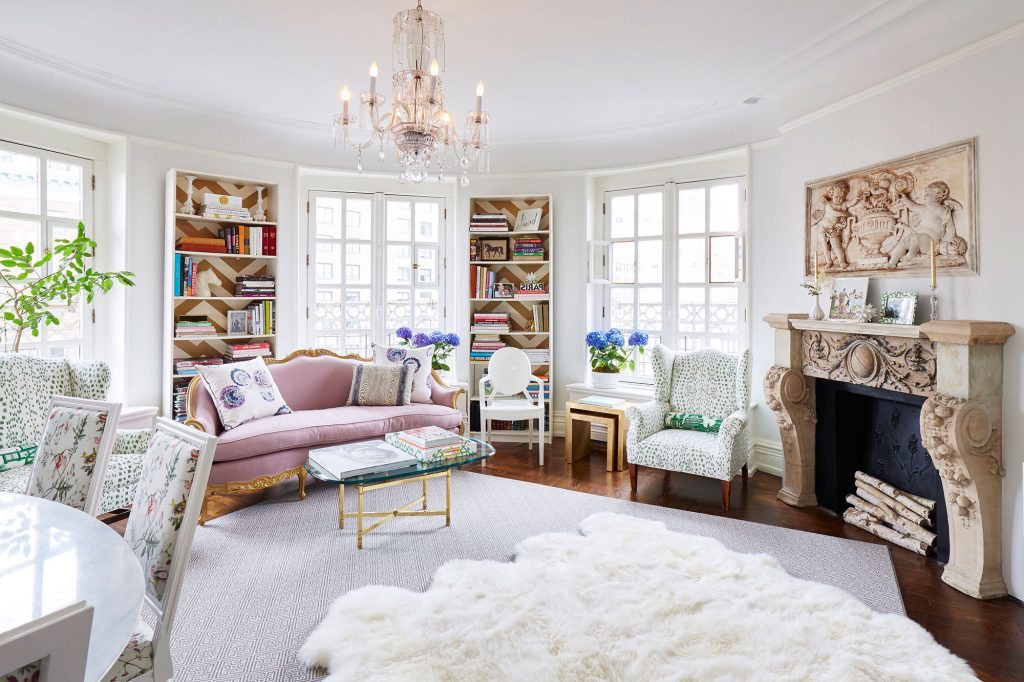 Paris Themed Living Room 21