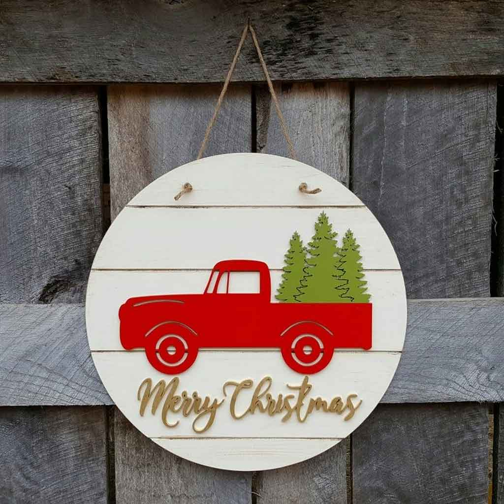Four Homemade Christmas Door Hangers Design That You Should Know | Roy Home Design