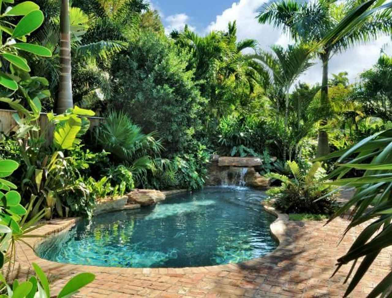 7 Unbelievable Facts About Inground Pool Fountains | Roy Home Design