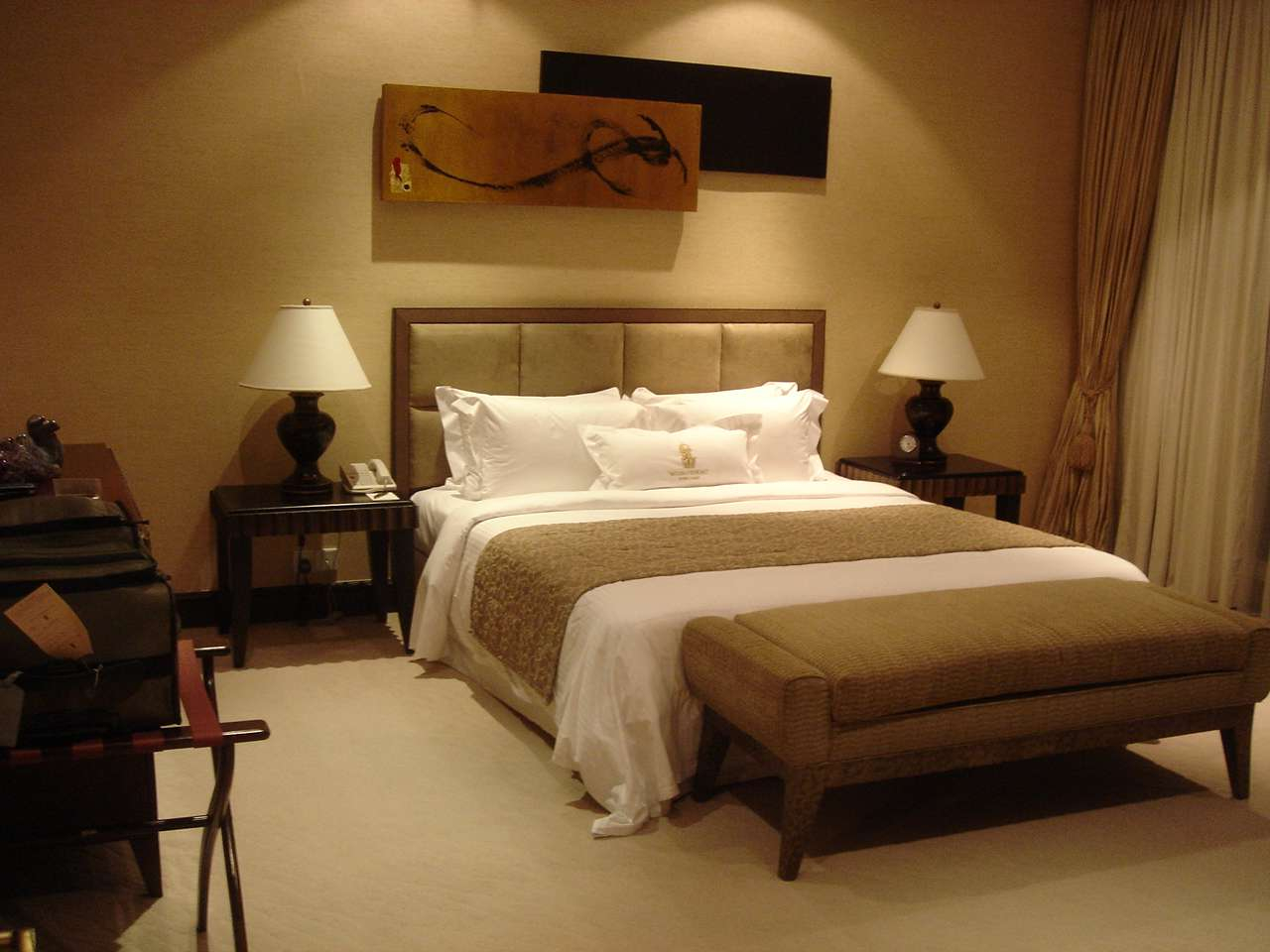 Interior Design Ideas Bedroom with Maximum Relaxation Support