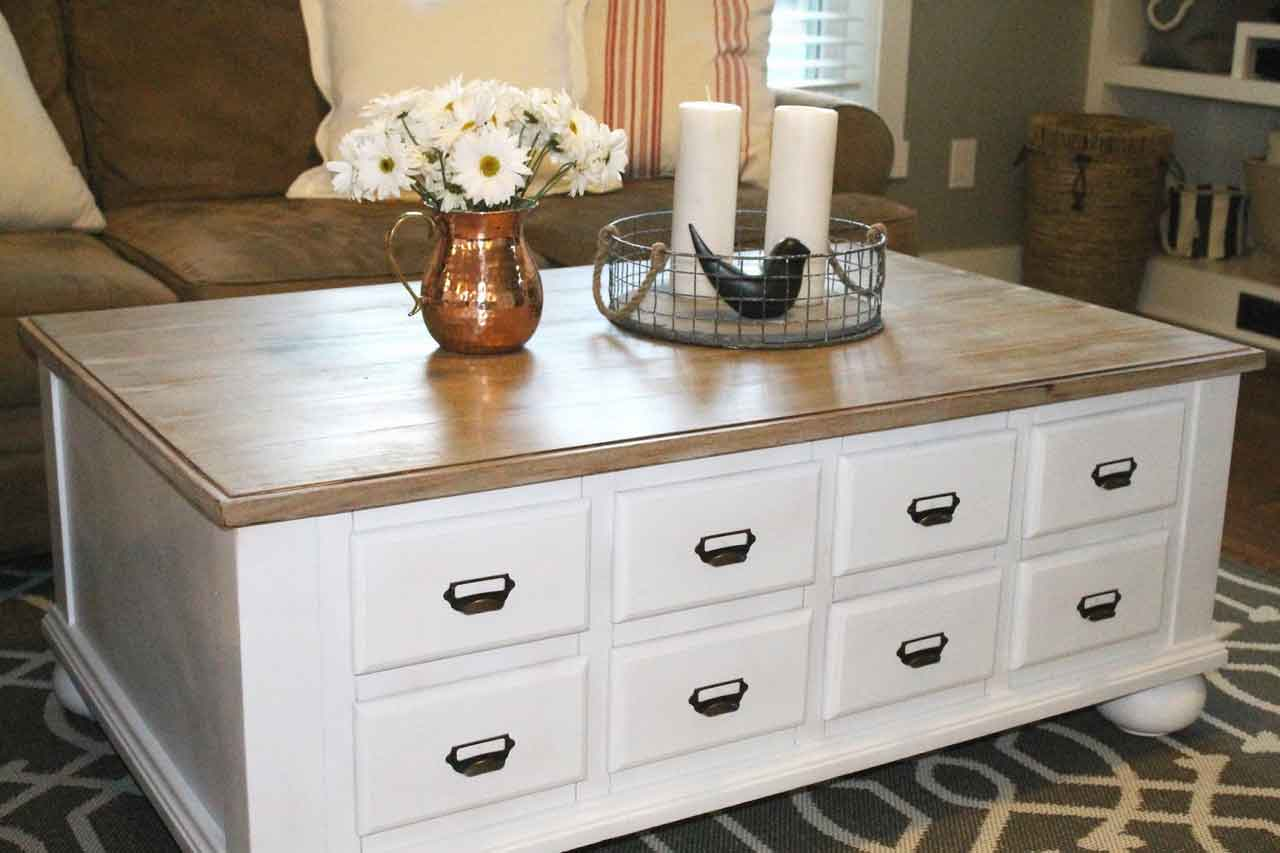 Advantages of Apothecary Coffee Table as Your Interior Furniture | Roy Home Design
