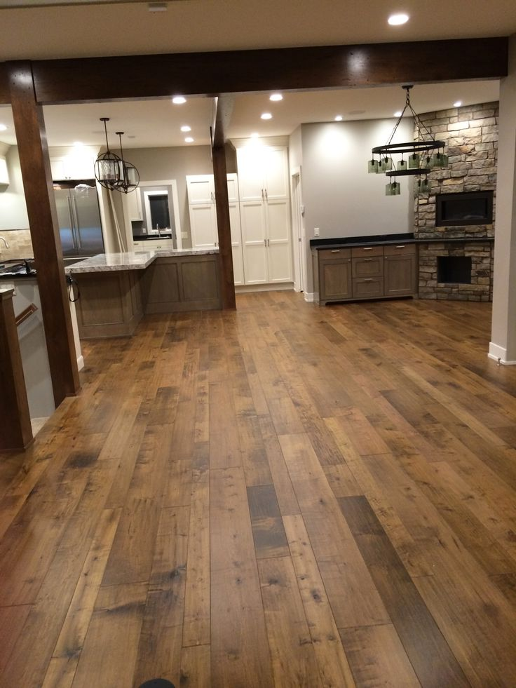 Engineered wood flooring brands reviews thefloors co for Hardwood flooring reviews