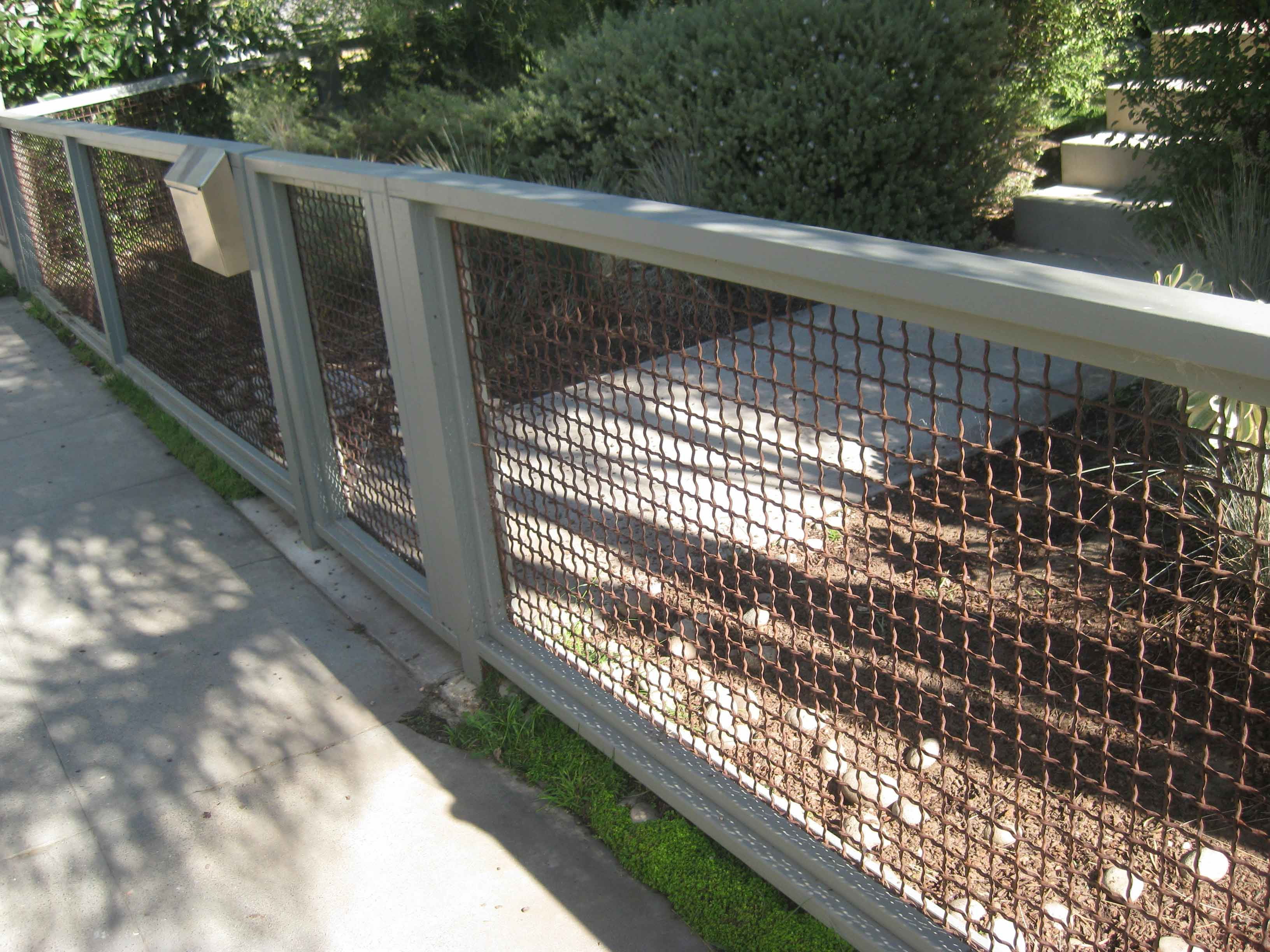 Cheap Fence Ideas For Dogs Small