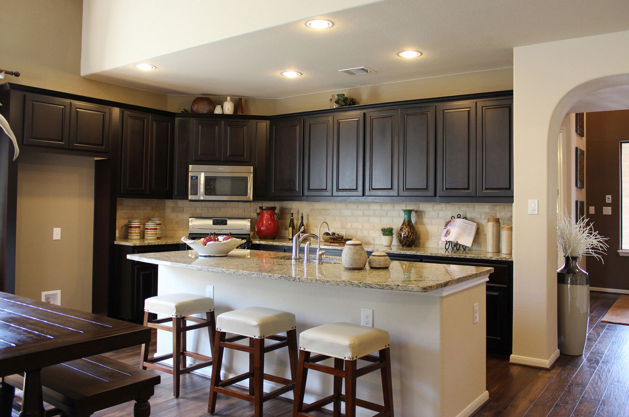 Espresso-Kitchen-Cabinets-espresso pantry cabinet