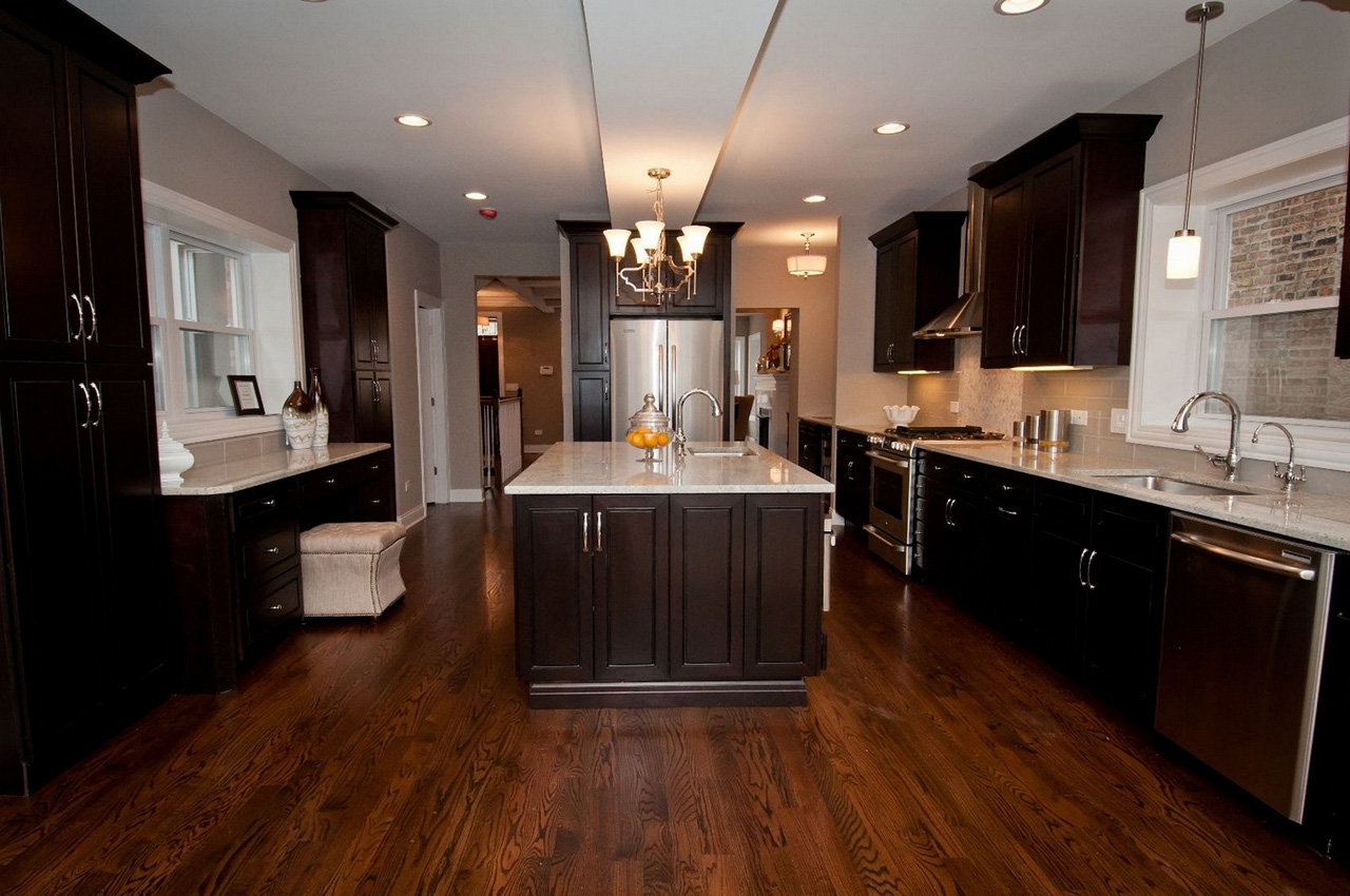 Espresso-Kitchen-Cabinets-with-Wood-floors-espresso kitchen cabinets home depot